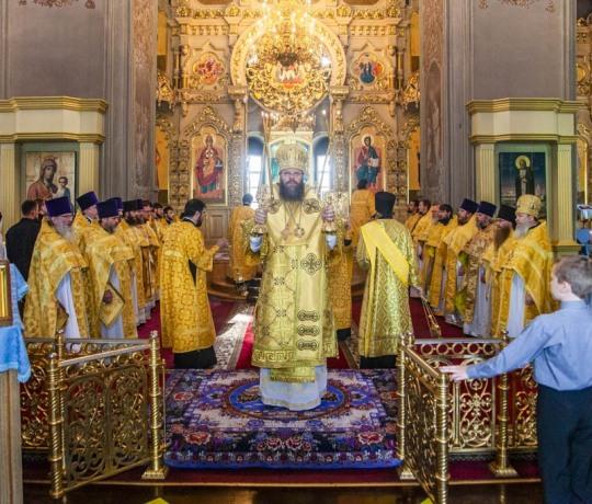 Ректор Тамбовской духовной семинарии митрополит Тамбовский и Рассказовский Феодосий совершил Божественную литургию в семинарском храме