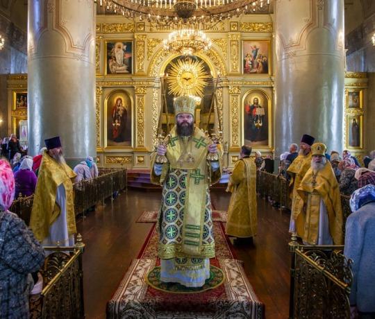 В Неделю 11-ю по Пятидесятнице митрополит Феодосий совершил Божественную литургию в Спасо-Преображенском соборе города Тамбова