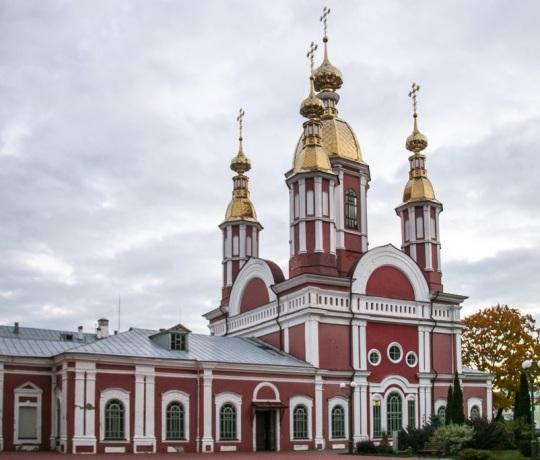 В Актовый день Тамбовской духовной семинарии совершена Божественная литургия